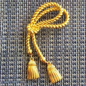 Gold Tone Rope Tassel Brooch Great Condition